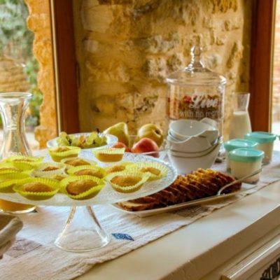 Buffet petit déjeuner maison d'hôtes proche de Sarlat