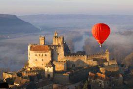 Montgolfiere et cahteau de Beynac