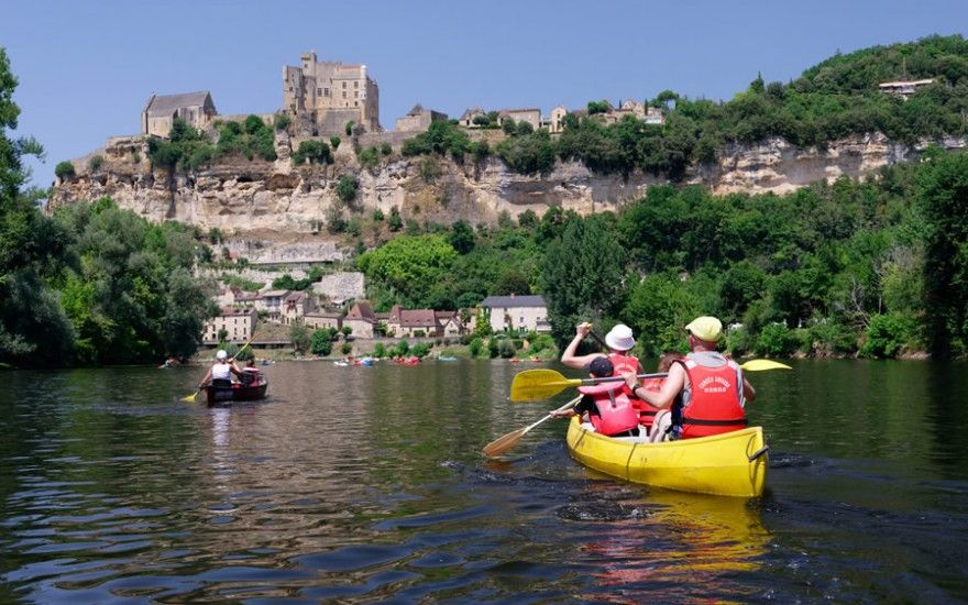 Canoeing on the Dordogne or the Vézère